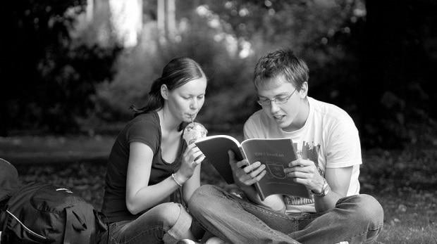 seznamovací a vztahové otázky