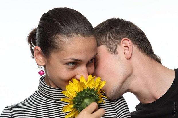 Udělejte své přítelkyni radost třeba květinou.