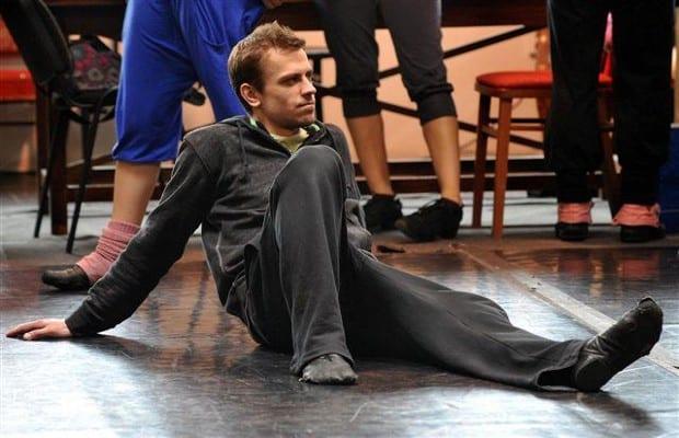 Tanec miluje. Fotka pochází ze zkoušky muzikálu Flashdance.