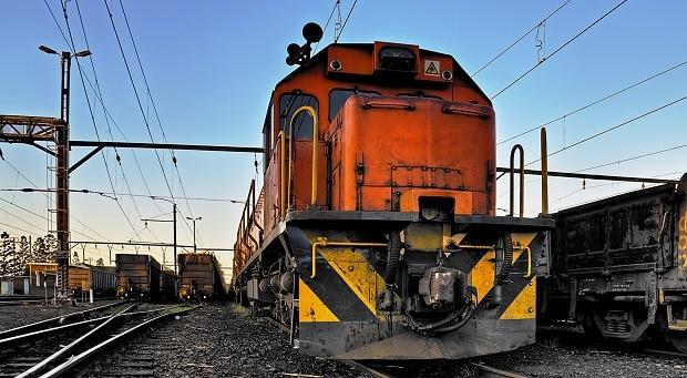 Dnes už ale vlaky vypadají úplně moderně, takže jsou od trmavají nebo metra k nepoznání.