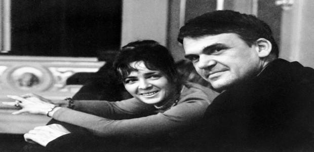 Milan Kundera se svojí ženou 1973