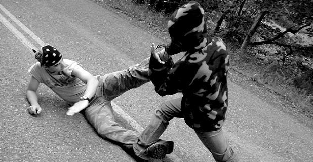 """""""Než jsem se stačil rozkoukat, ta se rval s kamarádem se slovy, že to z nás vymlátí."""" Foto: sxc.hu"""