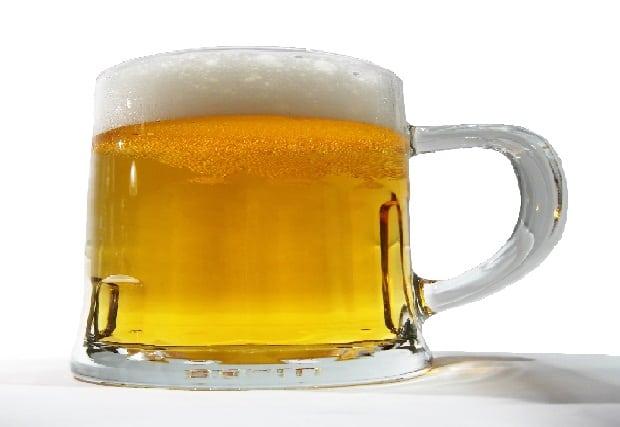 Máme pivo rádi. Ale ne na oblečení!