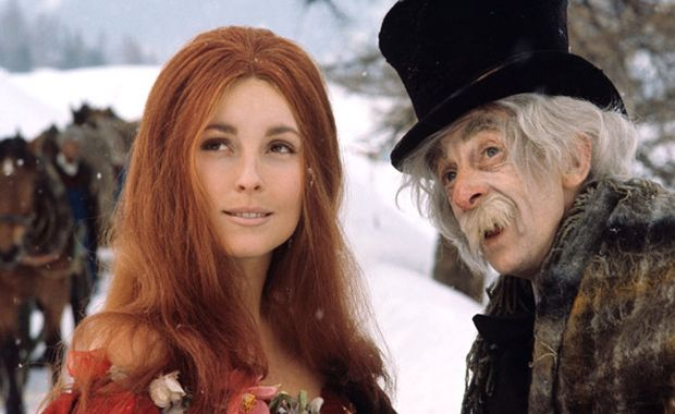 Sharon Tate a Jack MacGowran.