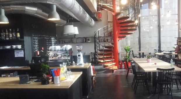 Studovna a kavárna v jednom.
