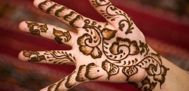 Tetování henou.