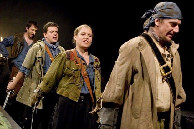 Strhující podání Cyrana z Bergeracu v Divadle Bolka Polívky.