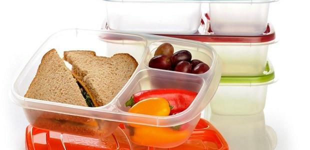 Využívejte krabičky a jiné uzavíratelné nádoby.