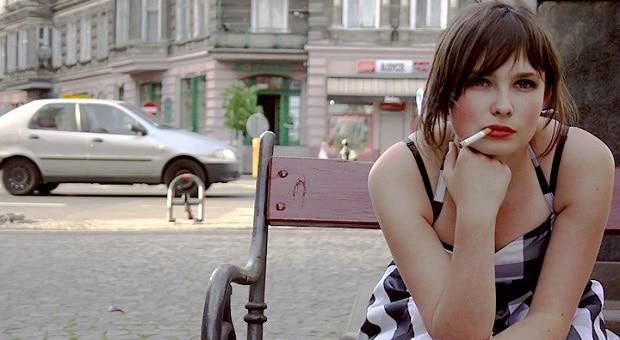 Francouzské ženy silně kouří.