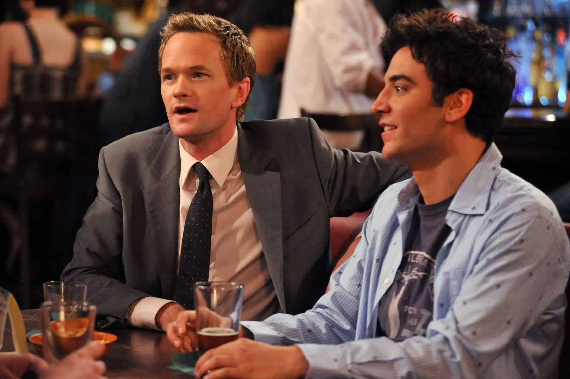 Barney s Tedem v oblíbeném baru.