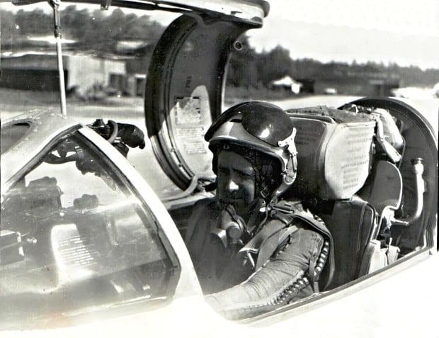 Pilot Migu 21.