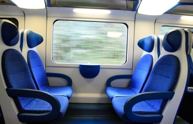"""Roztáhnout se ve vlaku na """"čtyřce"""" není vůbec špatné!"""