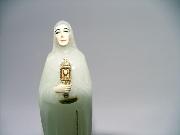Náboženské předměty jsou často záměrně kýčovité, ale přesto jsou pro některé symbolem naděje.