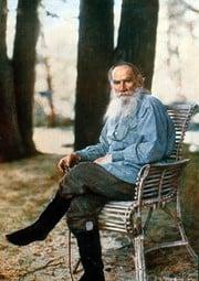 Tolstoj na barevné fotce.