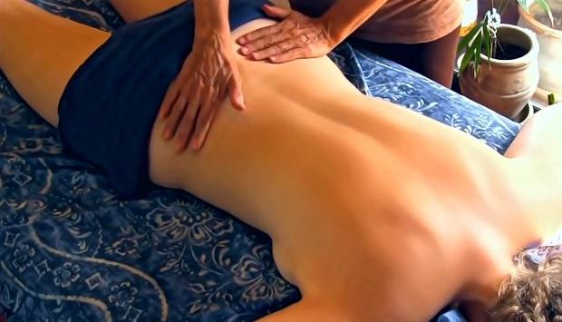 Při tantra masáži si odpočinete a uvolníte se.