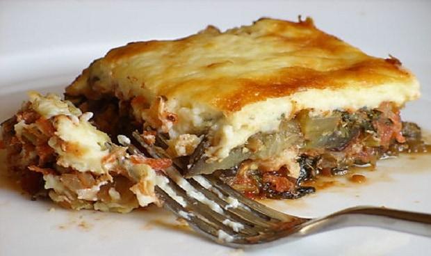 Musaka připomíná tvarem a náplní lasagne. Ačkoliv se jednalo pouze o zapékané brambory byla opravdu skvělá!