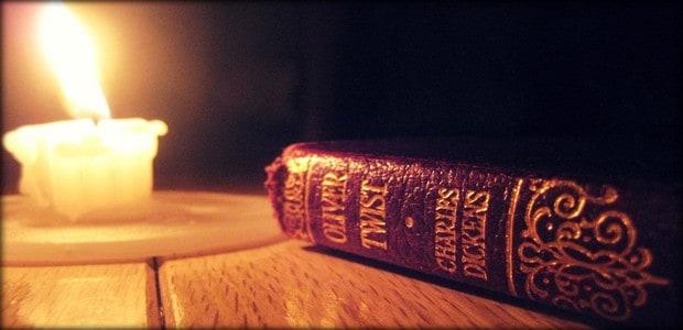"""""""Knihy jsou mrtvým materiálem, dokud v nás neožijí."""" (Jiří Mahen)"""