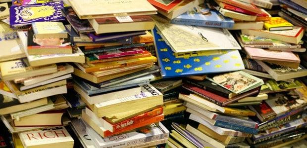 Amerika má pulp fiction, my máme braky a paperbacky.