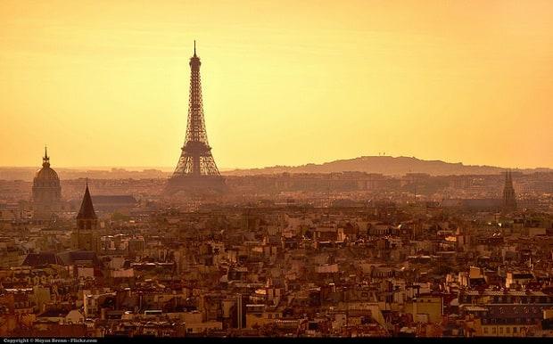 Při pohledu na pařížské panorama zaplesá nejedno srdce.