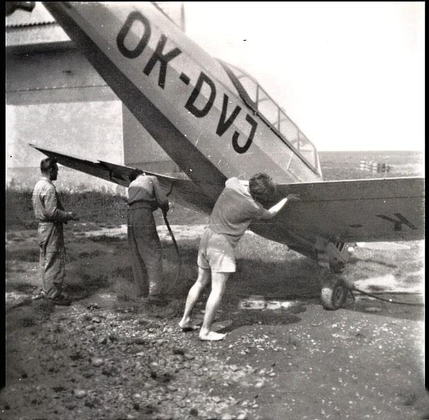 Letoun C-105.
