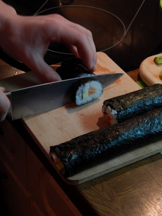 Domácí sushi. Připravte si ostrý nůž!