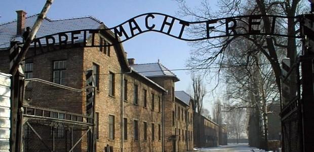 Koncentrační tábory.