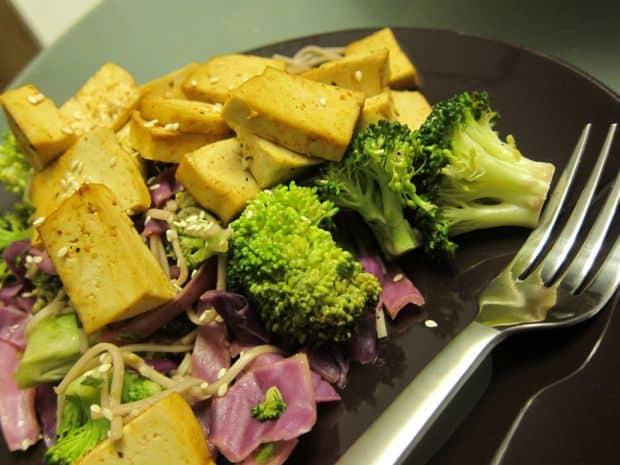 Tofu je skvělou náhražkou masa.
