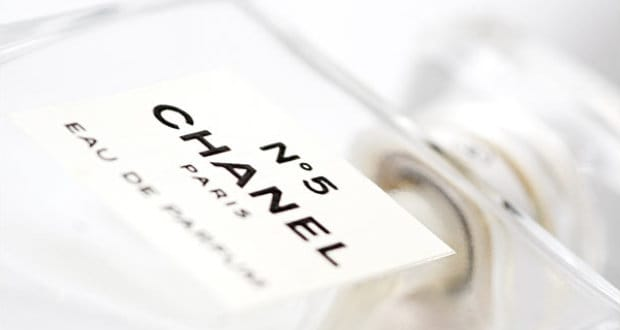 Každý parfém má své fáze uvolňování vůní.
