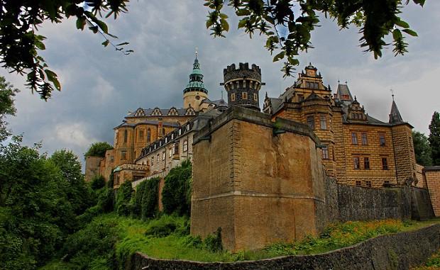 Majestátní zámek Frýdlant.